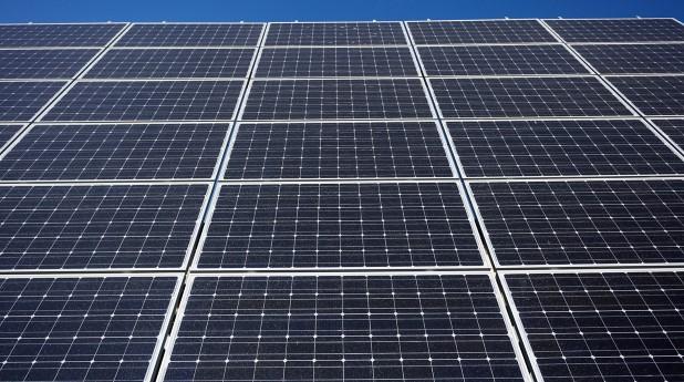 4419683-solar-panel-background