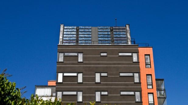 Hus med solfångare
