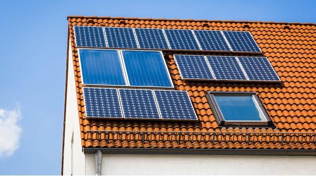 3301907-solar-plant