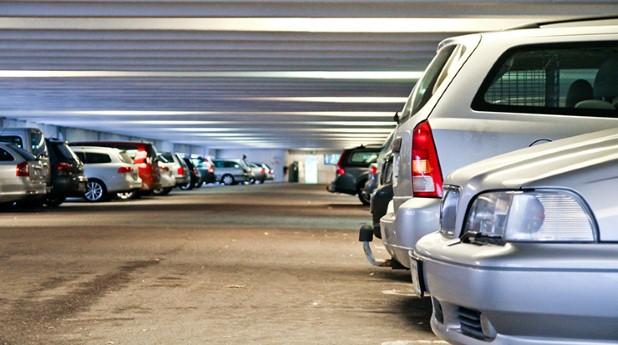 parkeringshus, bil