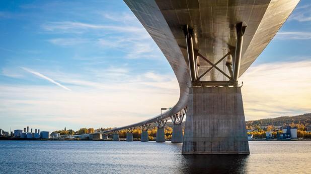 Stålspont på Sundsvallsbron