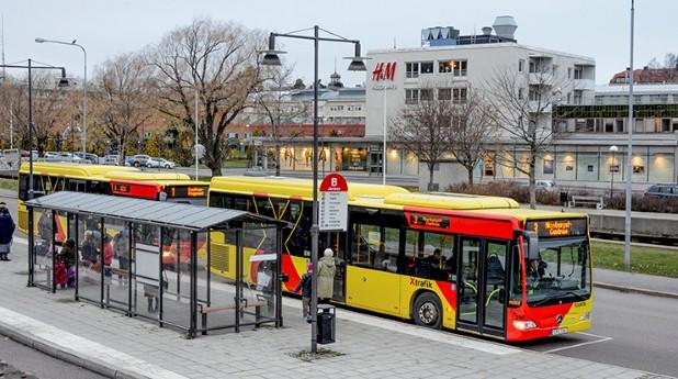 busshållplats, buss