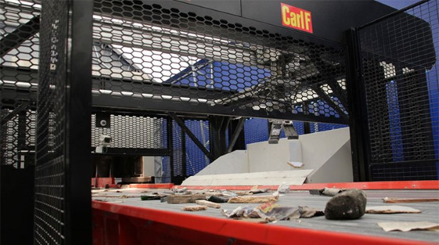 Robot som sorterar byggavfall. carl-f-robot_-carl-f-740x413
