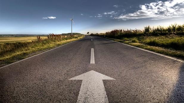 Bilväg med startpil