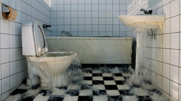 Läckande vatten i badrum