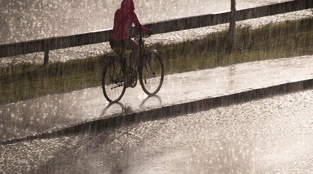 cyklar-i-regn