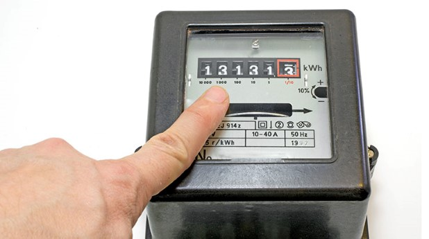 11293950-finger-and-13-number-on-the-electricity-meter