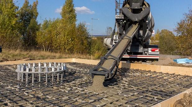 gjutning-av-betongfundament