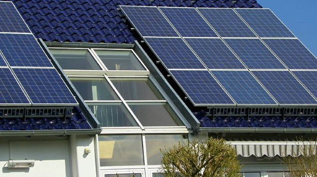 9960312-solar-plant